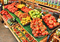Many varieties of tomatoes - Click to enlarge